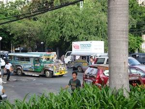 Eine Straße in Manila nahe meines Hotels